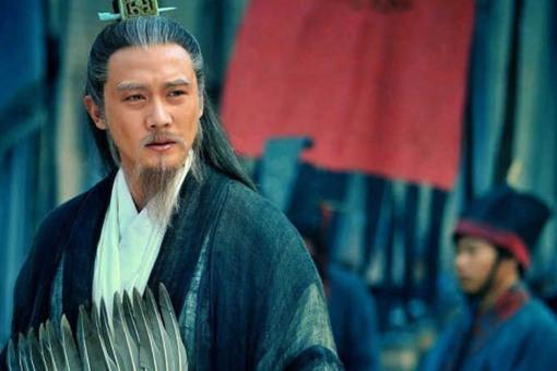 诸葛亮为什么在夷陵之战后先攻打曹魏