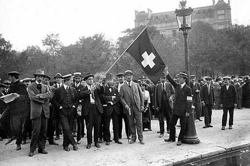 希特勒为什么没有攻打瑞士?