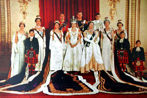 英国人为什么不推翻皇室 英国为什么还保留皇室